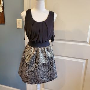 NWT Junior's By & By Dress size M